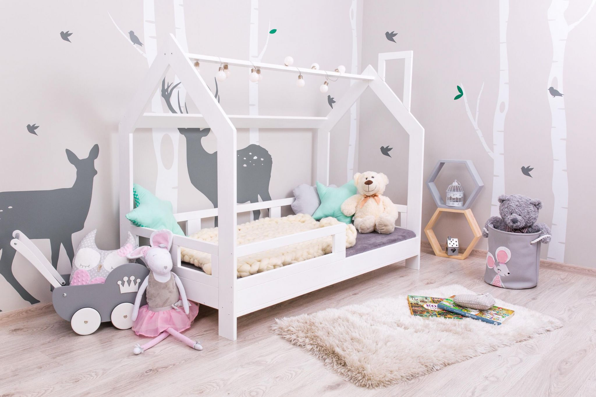 Lovel Decor NORDIC KIDS HOUSE BED MILO